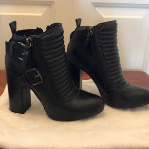Penny Loves Kenny Zip-Up Moto Bootie Size 8.5
